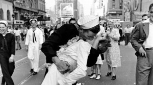 One of the most famous kiss after the end of the World War II. Credit:Alfred Eisenstaedt.