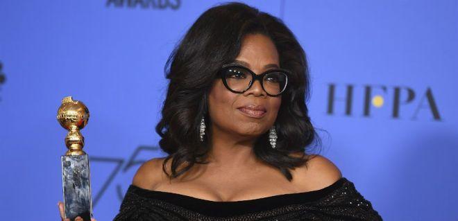 oprah-winfrey-receives-golden-globe-award